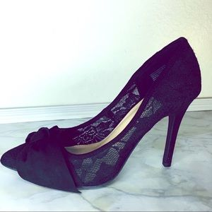 Black Lace Pumps Size 8.5 LC
